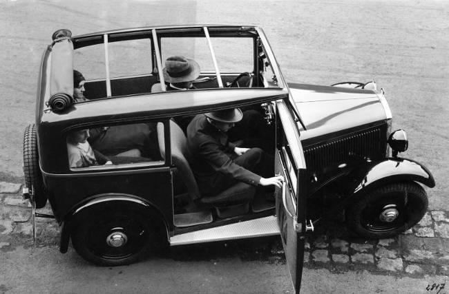 BMW Classics - все классические автомобили