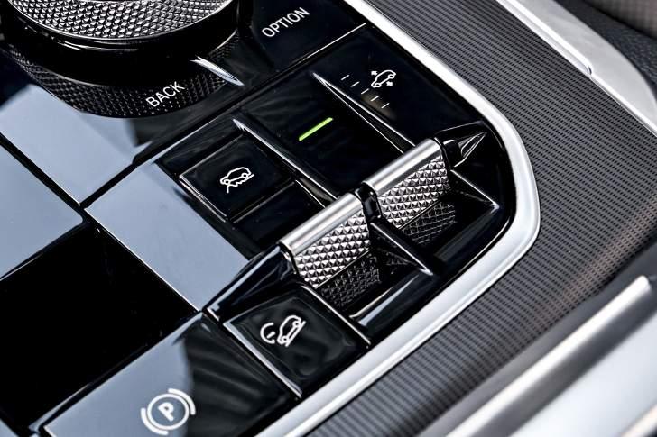 Управление пневматической подвеской из салона BMW X5 G05