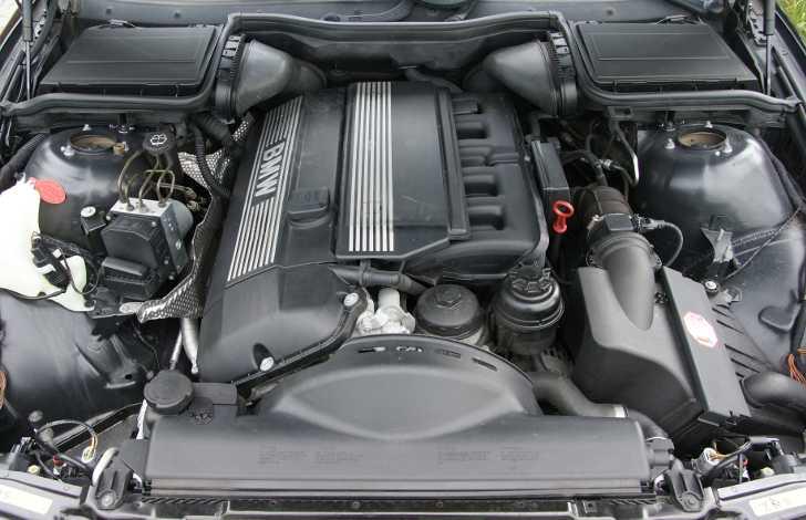 БМВ Е39 с мотором М54